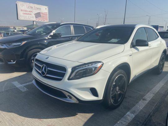 Mercedes-Benz GLA - 2014