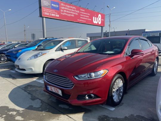 Ford Fusion Se Hybrid - 2014 Red 2.0L
