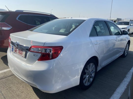 Toyota Camry - 2012 White 2.5L