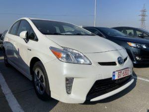 Toyota Prius - 2012 White 1.8L