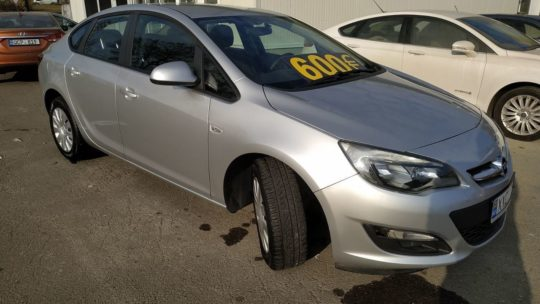 Opel Astra - 2013 1.4 Бензин