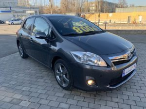 Toyota Auris - 2012, 1.8 Гибрид / Бензин
