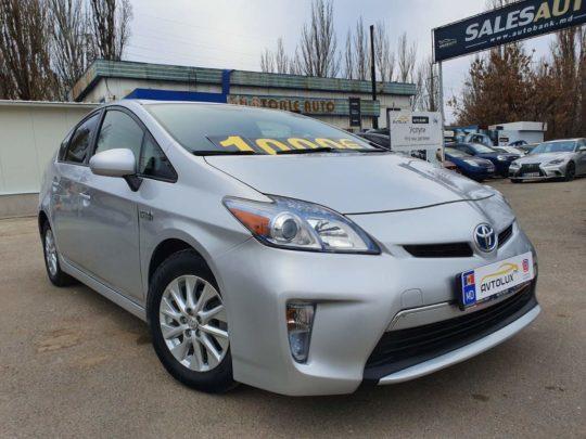 Toyota Prius - 2014, 1.8 Плагин-гибрид Бензин