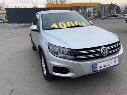 Volkswagen Tiguan - 2012, 2.0 Бензин