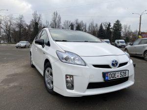 Toyota Prius - 2011, 1.8 Гибрид - Бензин